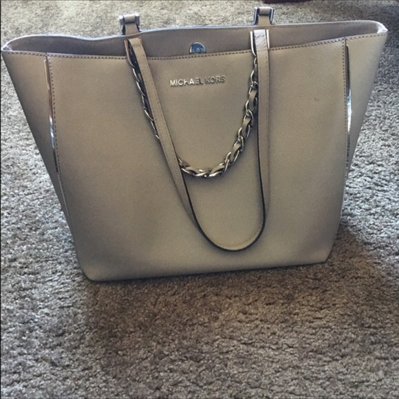 75e7192161e60c ... Michael Kors Python Embossed Harper Tote NWT Authentic MK HARPER EAST  WEST TOTE ...